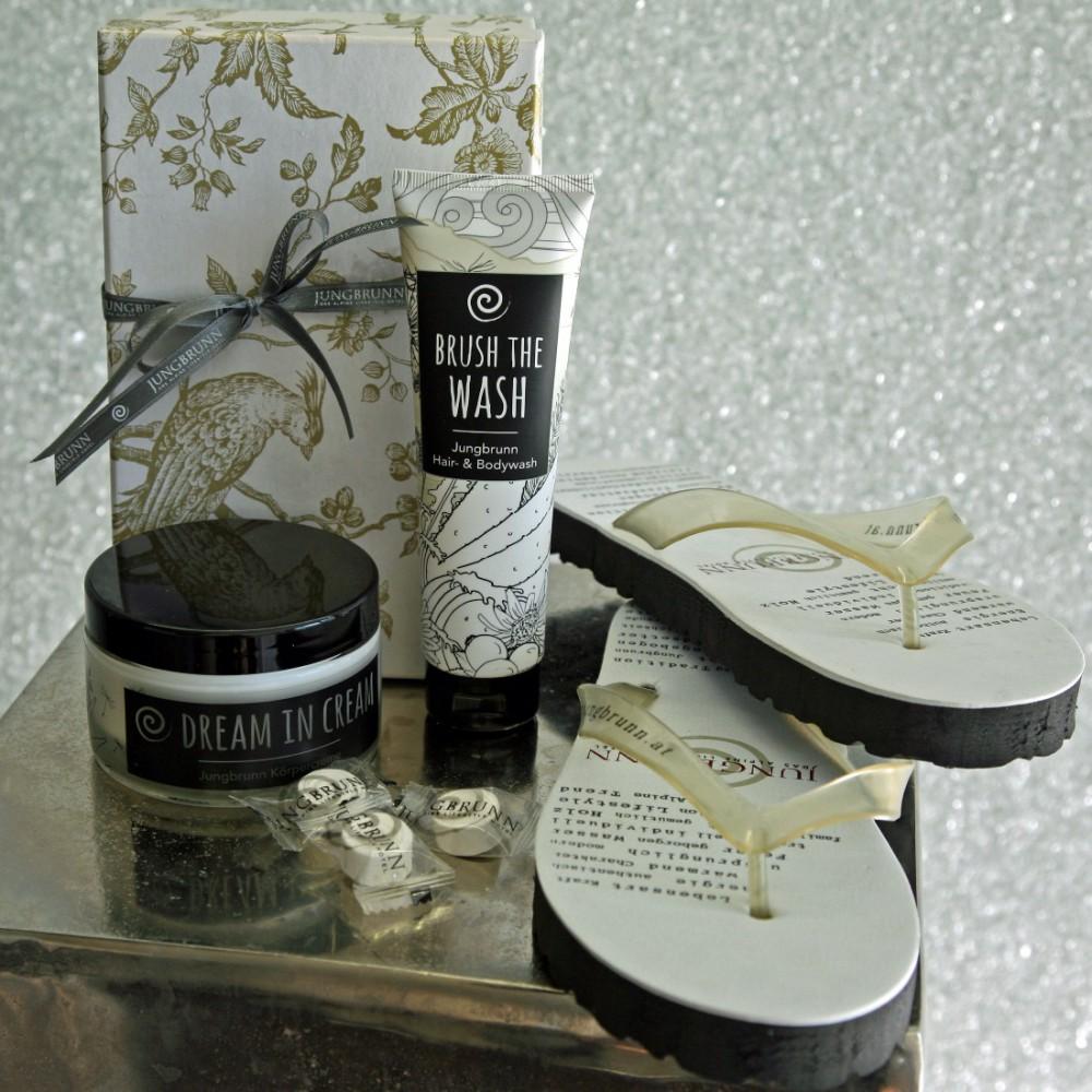 IMG_3383 Brush the Wash und Dream in Cream SET_ONL